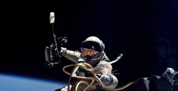 太空人的死亡演練-《太空人的地球生活指南》