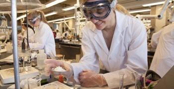 讀化學系能幹嘛?有哪些出路?——【M.I.C. 科學人生|活動紀錄】