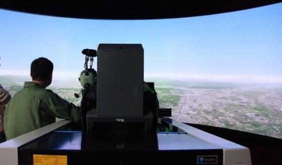 位於空軍新竹基地的模擬機訓練室