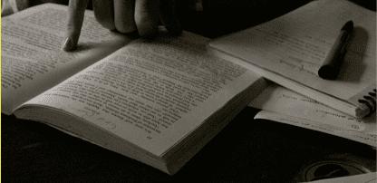 使用外國語言聽說讀寫都會比較緩慢,因為並非自動系統主導 (Photo credit: Sarah Ross, CC BY-NC 2.0)