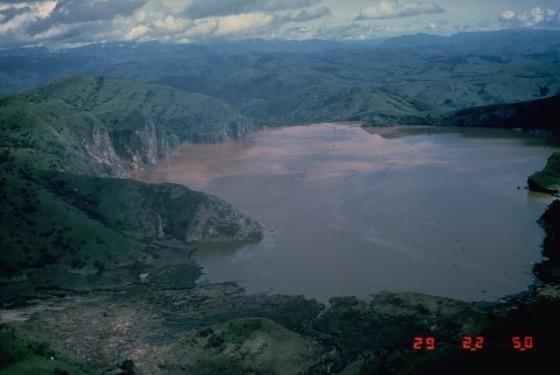 Lake Nyos Jack Lockwood, USGS