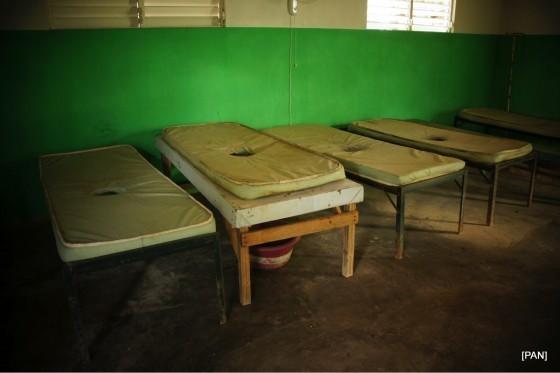 2014.02 筆者於Saint-Michel-de-l'Attalaye地區拍攝之霍亂隔離病房
