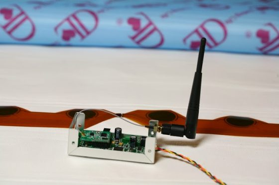 無線模組,可以將感應訊號傳送到接收基地台。