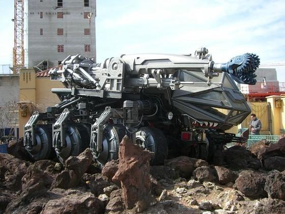 電影《世界末日》中用的鑽機模型
