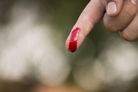 finger-1218940_640