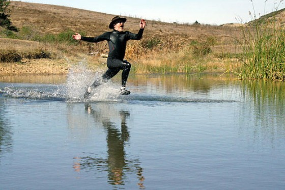 mythbusters-season-7-part6-pictures3 walking on water