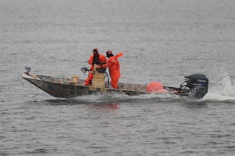 54ca867ae8972_-_mythbusters-boat-3-0509popular machanics