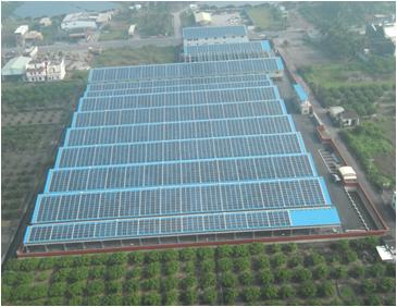 分散式太陽光發電場總裝置。照片提供:晁成虎