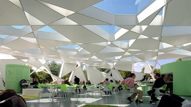 用數學幾何蓋出沒有柱子的建築!巴爾蒙德的倫敦蛇形藝廊 2002