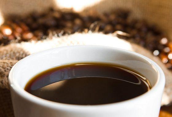 「名為「可法」(Coffa)的黑色飲料。」圖/Jaime Johnson @ Flickr
