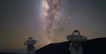 遠的要命的遙遠星系,能揭開宇宙演化的奧秘?天文學家王為豪專訪