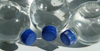 用塑膠容器會吃到塑化劑?都是擴散作用搞的鬼! ──「PanSci TALK:餐具都會釋放間接添加物?」